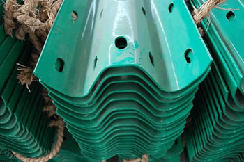 Green Clolor Two Wave Highway Guardrails